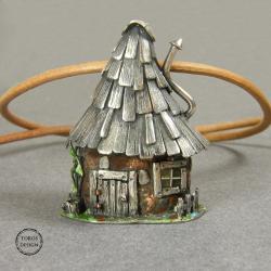 chatka,domek,srebrny wisior,rękodzieło - Wisiory - Biżuteria