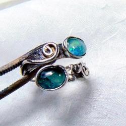 Obrączka srebrna Opalowy wąż - Pierścionki - Biżuteria