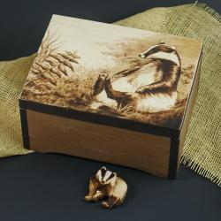 borsuk,szkatułka,las,wypalanie - Pudełka - Wyposażenie wnętrz