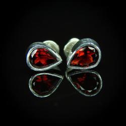 srebro,granat,kolczyki,sztyfty - Kolczyki - Biżuteria