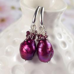 kolczyki,perły,gronka,eleganckie,granat,kobiece - Kolczyki - Biżuteria