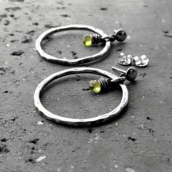 koła,srebrne,zielone,peridot - Kolczyki - Biżuteria
