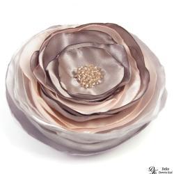 broszka,kwiat,róż,szary,biały,kwiatowa,satyna - Broszki - Biżuteria