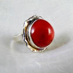 Pierścionek srebrny z koralem - Pierścionki - Biżuteria