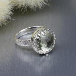 pierścionek,ametyst,mały,fakturowana obrączka - Pierścionki - Biżuteria