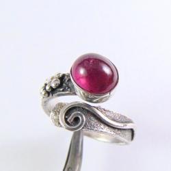 Pierścionek srebrny z turmalinem - Pierścionki - Biżuteria