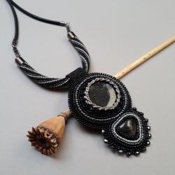 naszyjnik,z obsydianem,haft koralikowy,czarny - Naszyjniki - Biżuteria