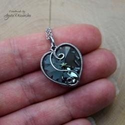 wisiorek,swarovski,serce,wire wrapping - Wisiory - Biżuteria
