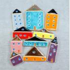Magnesy na lodówkę kolorowe,miasteczko,domki,wesołe,magnesy