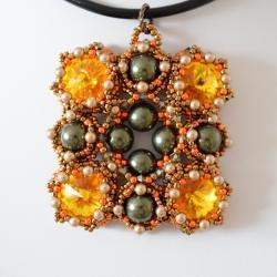 wisior,hatf koralikowy - Wisiory - Biżuteria