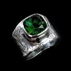 Sygnet z turmalinem,pierścień,turmalin,zieleń - Pierścionki - Biżuteria