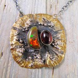wisior srebrny z granatem i opalem - Wisiory - Biżuteria