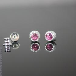 delikatne,sztyfty,różowe,cyrkonie,małe - Kolczyki - Biżuteria