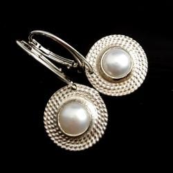 perły,srebrne,długie,retro,delikatne,blask,perła - Kolczyki - Biżuteria