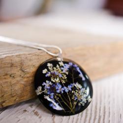 naszyjnik z żywicy,niezapominajki,hand made - Naszyjniki - Biżuteria