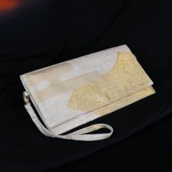 złota kopertówka,elegancka kopertówka w wachlarze - Do ręki - Torebki