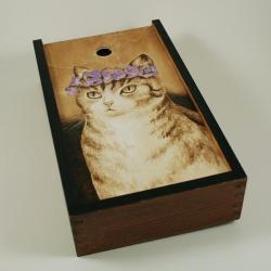 kot,wianek,kwiaty,pirografia - Pudełka - Wyposażenie wnętrz