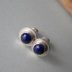 okrągłe kolczyki,małe kolczyki,z lapisami - Kolczyki - Biżuteria
