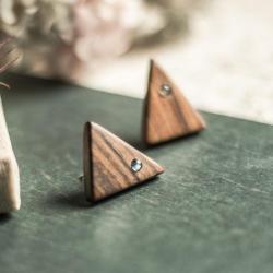 labradoryt,drewniane kolczyki,drzewo różane - Kolczyki - Biżuteria