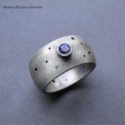 srebro,tanzanit,dziurawy,surowy,oksytdowany - Pierścionki - Biżuteria