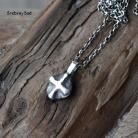 Naszyjniki surowy krzyż,surowy wisior,surowe srebro
