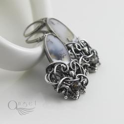 białe kolczyki,kolczyki wire wrapping,oksydowane - Kolczyki - Biżuteria