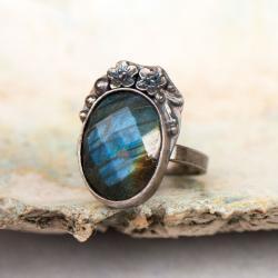 pierścionek ze srebra z labradorytem,kwiaty - Pierścionki - Biżuteria