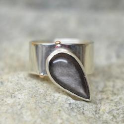 prosty pierścień,srebrny pierścień z obsydianem - Pierścionki - Biżuteria