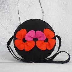 torebka okrągła,na ramię,torebka czarna,aplikacja - Na ramię - Torebki
